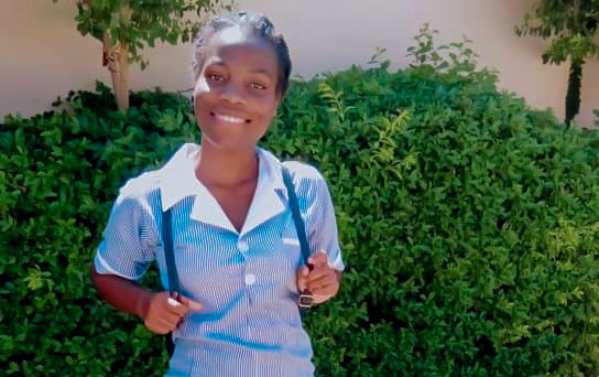 A portrait of Hezel, a student nurse, to accompany her testimonial about ZOA's support